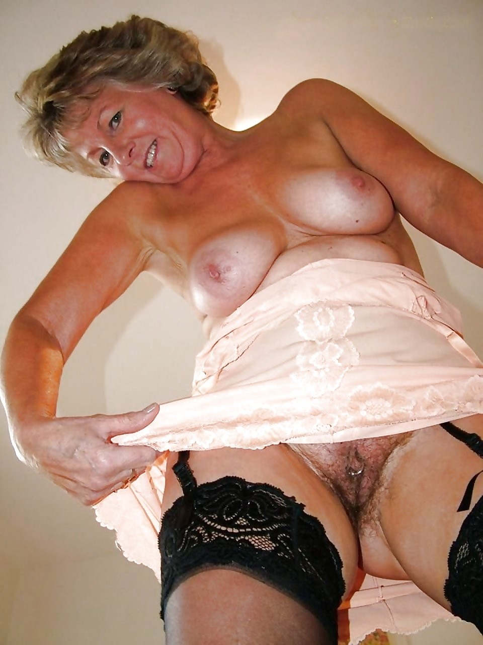 Milf hustler free video
